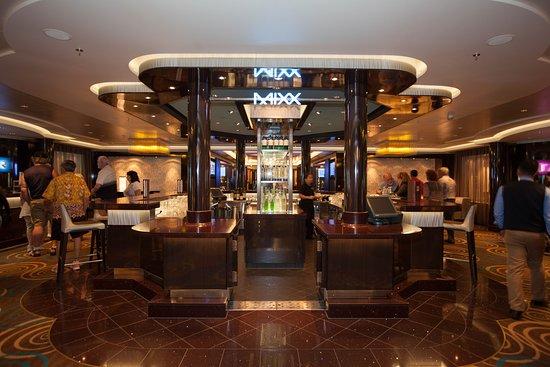 Mixx Bar on Norwegian Getaway