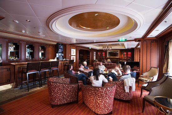 Michael's Club on Celebrity Eclipse