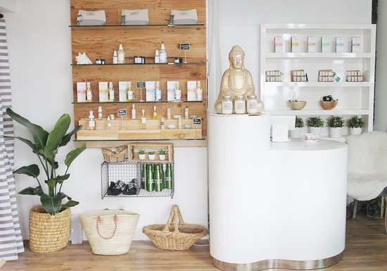 ‪Natural Beauty Spa & Private Infrared Sauna Bungalow by Organic To Green‬