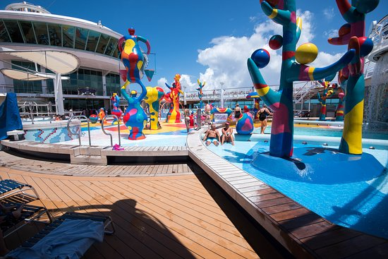 Freedom of the Seas: The H2O Zone on Freedom of the Seas