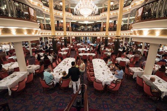 Leonardo's Dining Room on Freedom of the Seas