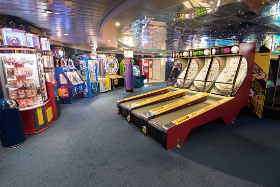 Challenger's Video Arcade on Freedom of the Seas
