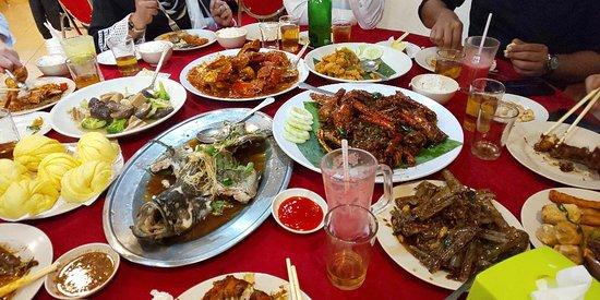Hokkaido Seafood Restaurant Kuala Lumpur Restaurant Reviews Phone Number Photos Tripadvisor