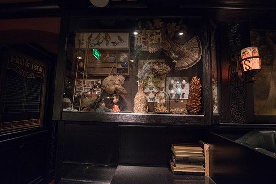Bull & Bear Pub on Freedom of the Seas