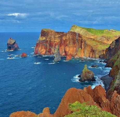 Madeira, Portugal: Rincón paisajístico de la isla portuguesa de Maderia en el Atlántico. Aquí tienes consejos para viajar a esta isla  https://goo.gl/Gywa4c