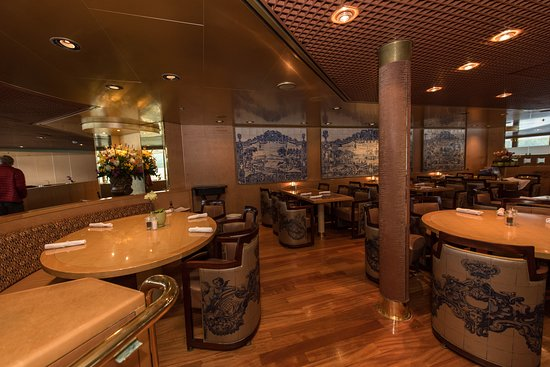 Lido Restaurant on Noordam
