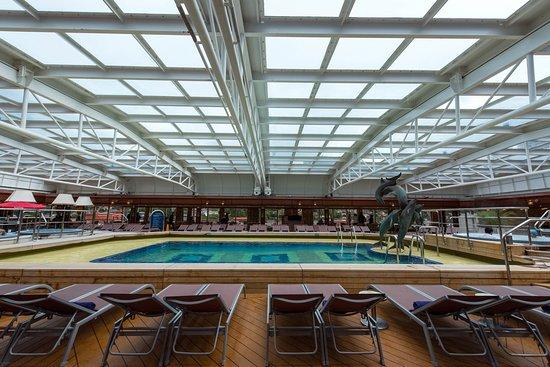 The Lido Pool on Noordam
