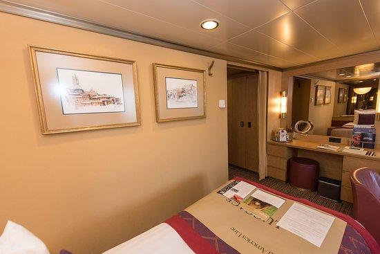 The Signature Suite on Noordam