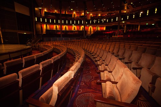 Reflection Theatre on Celebrity Reflection