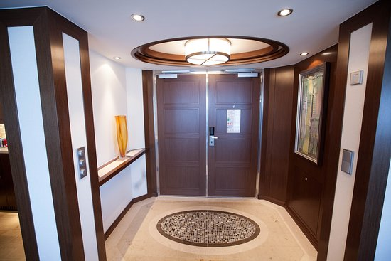 The Penthouse Suite on Celebrity Reflection