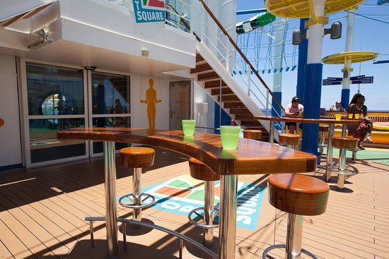SportSquare on Carnival Sunshine