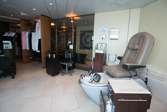 Beauty Salon on Celebrity Summit