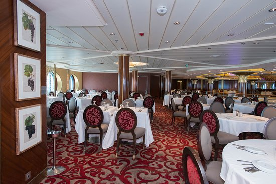 Cosmpolitan Restaurant on Celebrity Summit