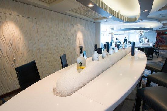 Celebrity Summit: The Martini Bar & Crush on Celebrity Summit