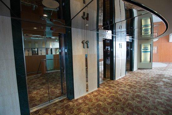 Elevators on Celebrity Summit