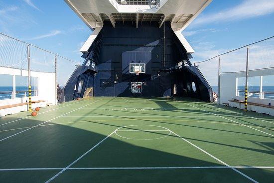 Basketball Court on Celebrity Summit