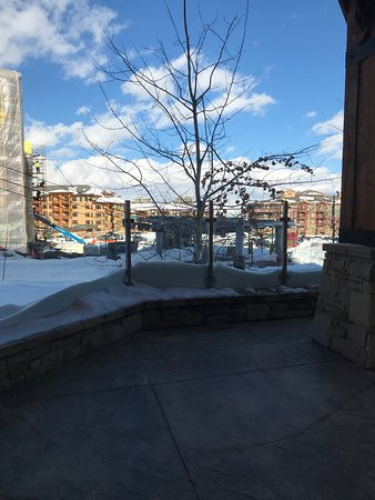 Skin lift runs right along the grounds.  Near by is also snow shoeing, snow mobile rental, dog sledding and the charming town of Park City home of the Sundance Film Festival