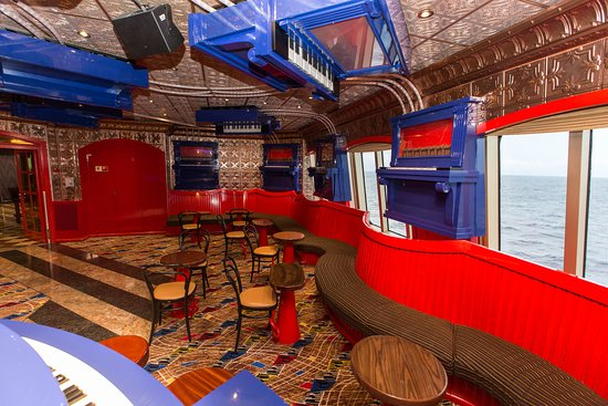 Scott's Piano Bar on Carnival Freedom