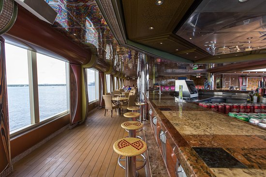 Endless Bar on Carnival Freedom