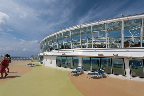 The Front Sun Decks and Helipad on Oasis of the Seas