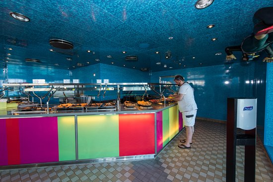 Wipeout Cafe on Oasis of the Seas