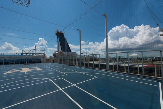 Sports Court on Oasis of the Seas