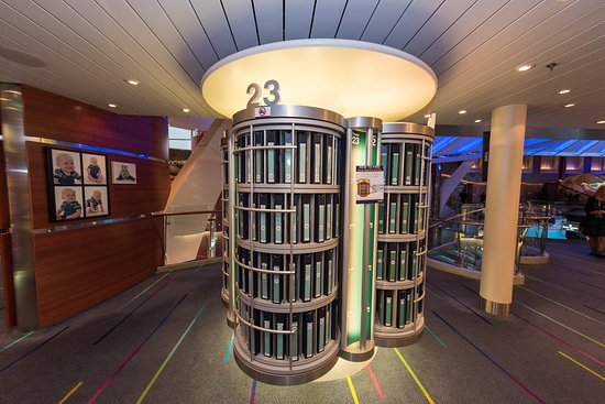 Focus Photo Gallery on Oasis of the Seas