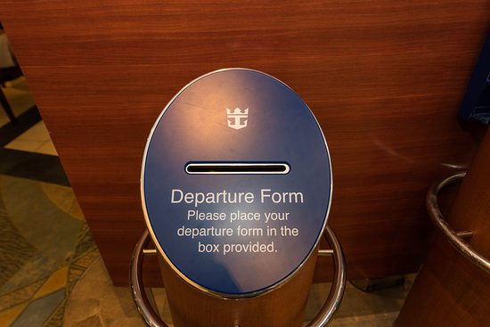 Guest Services Desk on Oasis of the Seas