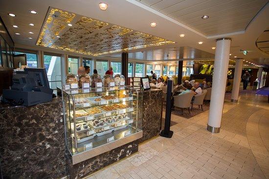 Cafe al Bacio & Gelateria on Celebrity Solstice