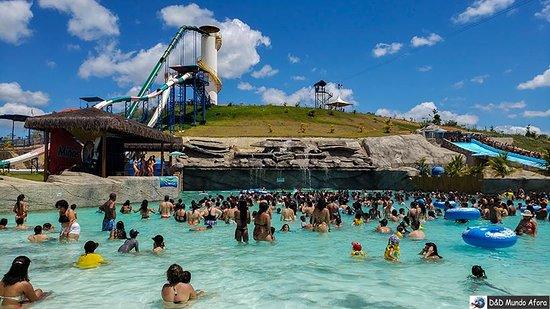 O MInas Beach é o maior parque aquático de Minas Gerais e fica em Raul Soares. Em períodos de férias, fica lotado. Tem piscina de ondas, rio lento, toboáguas, bar molhado e outras atrações.