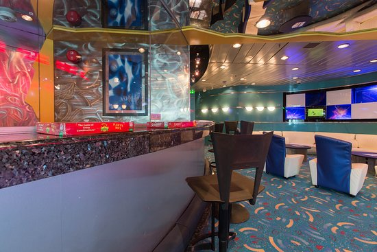 Fuel Teen Center on Enchantment of the Seas