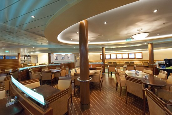 Windjammer Marketplace on Allure of the Seas