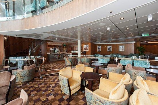 Diamond Club on Allure of the Seas