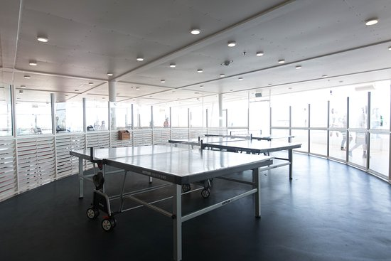 Ping-Pong on Allure of the Seas