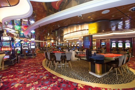 Casino Royale on Allure of the Seas