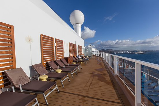 Sky Lounge on Anthem of the Seas
