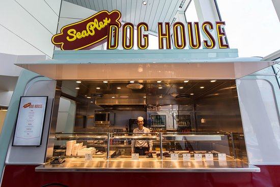 SeaPlex Dog House on Anthem of the Seas