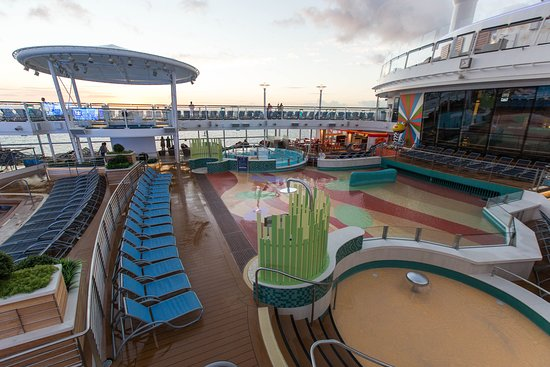 The H2O Zone on Anthem of the Seas