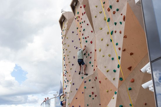 Rock Climbing Wall on Anthem of the Seas