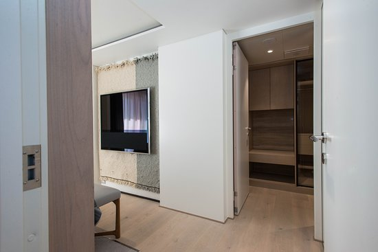 The Owner's Suite on Viking Sky