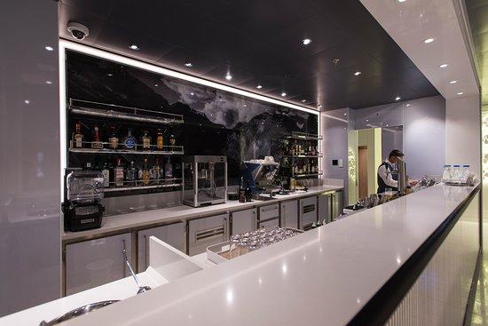 Theater Bar on Viking Sky
