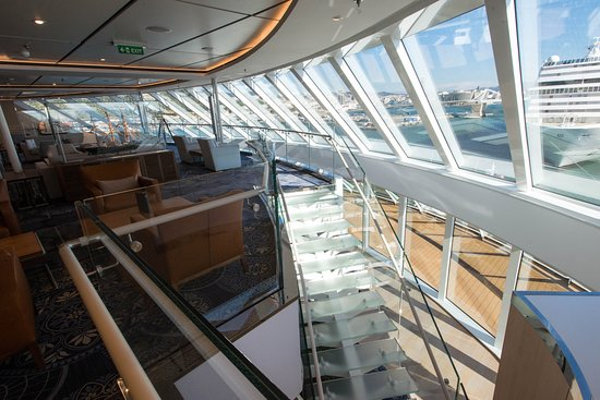 Explorers' Lounge on Viking Sky