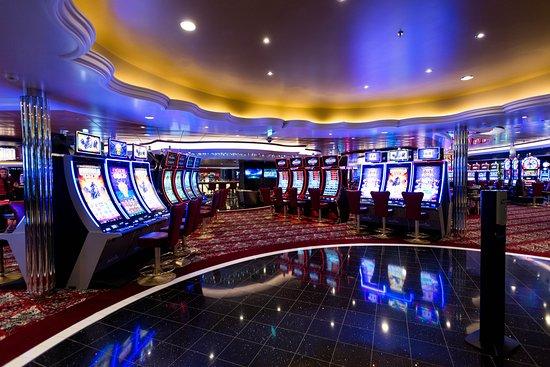 Casino Royale on Symphony of the Seas