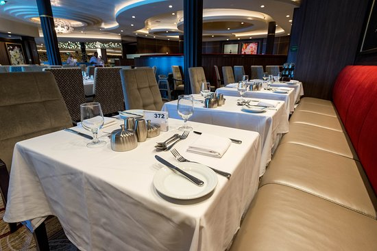 Main Dining Room on Symphony of the Seas