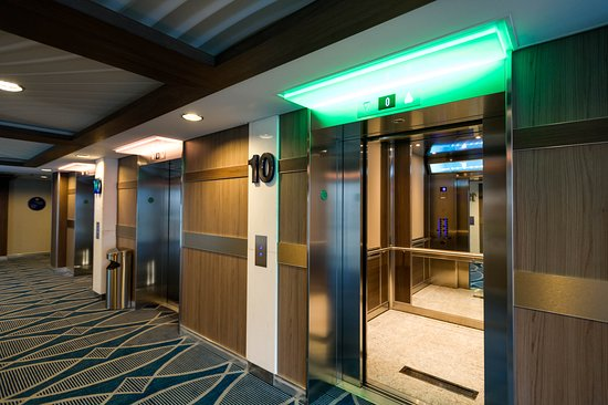 Elevators on Symphony of the Seas