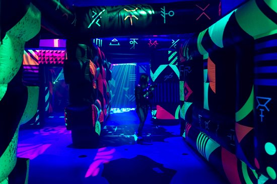 """""""The Battle for Planet Z"""" Laser Tag on Symphony of the Seas"""