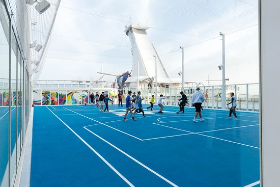 Sports Court on Symphony of the Seas