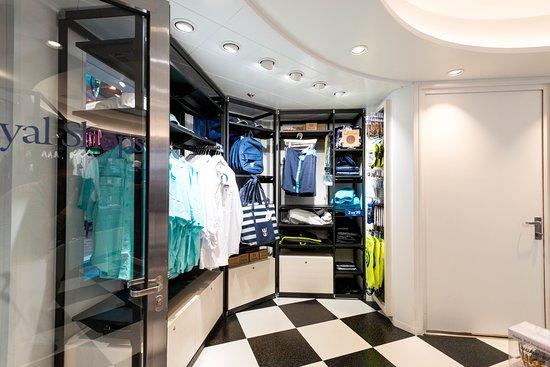 Shops on Symphony of the Seas