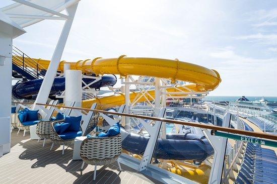 Suite Sun Deck on Symphony of the Seas