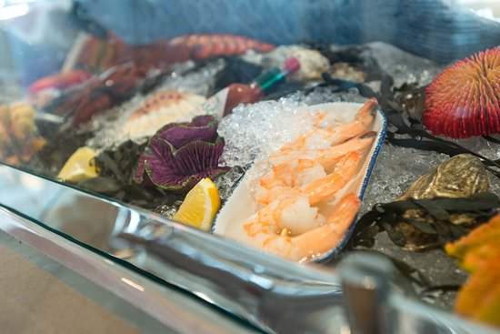 Hooked Seafood on Symphony of the Seas
